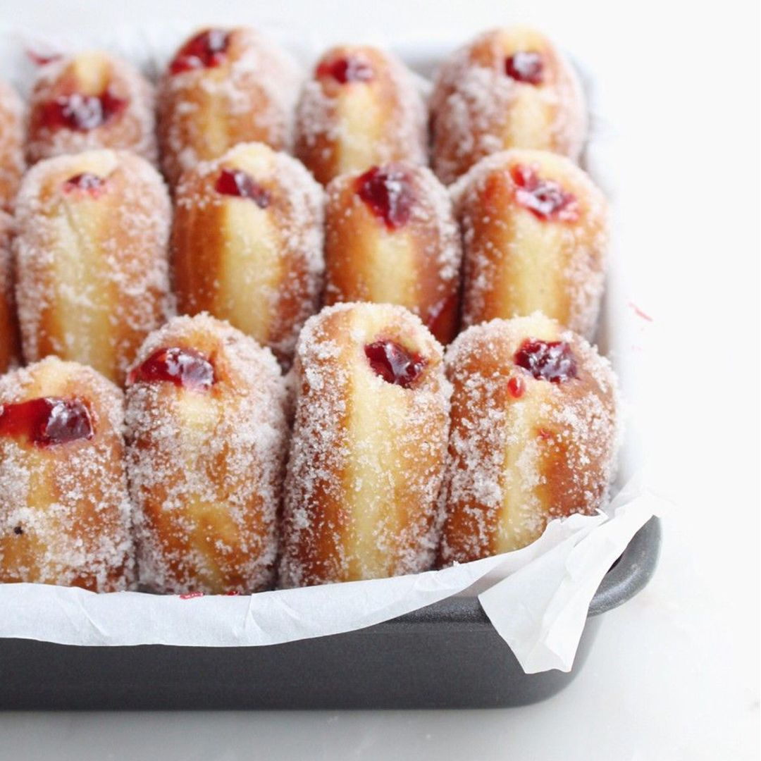 Raspberry Filled Jelly Doughnuts